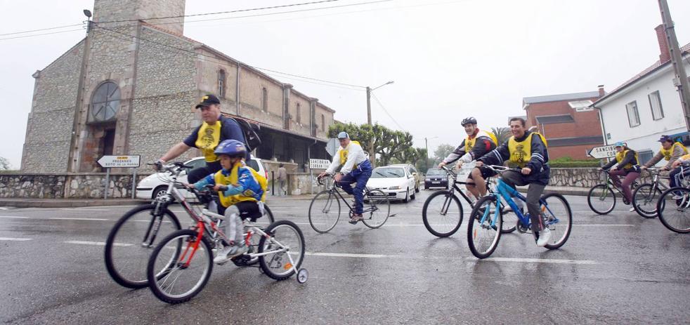 Santa Cruz de Bezana celebra el día de la bicicleta