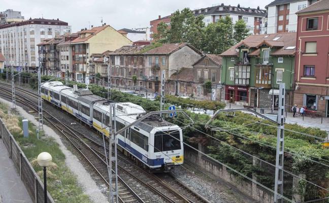 El plan para cubrir las vías incluye un aparcamiento subterráneo