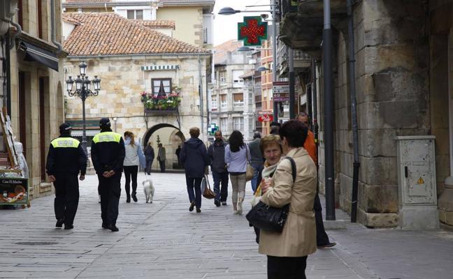 Detienen a un policía local de Reinosa por robo de móviles en el Ayuntamiento