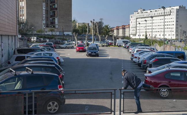 Detenida una banda juvenil por trece robos en casas y coches de Astillero y Camargo