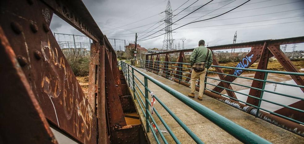 El Gobierno licita la reparación del puente de Solía que une El Astillero y Villaescusa