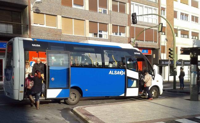 Alsa introducirá mejoras en el Castrobús a partir de la próxima semana