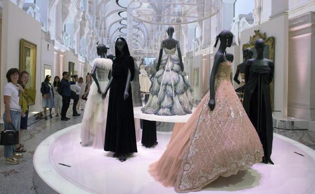 Dior, 70 años de alta costura