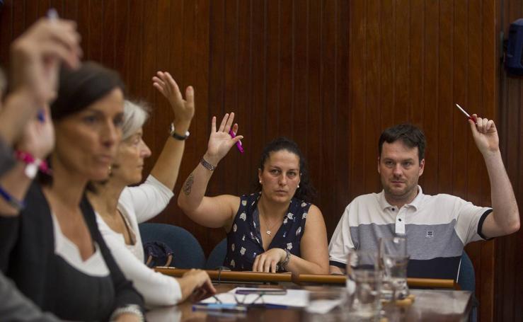 Pleno extraordinario del Ayuntamiento de Santander por la desaparición de C's y el paso de sus dos ediles a 'no adscritos'