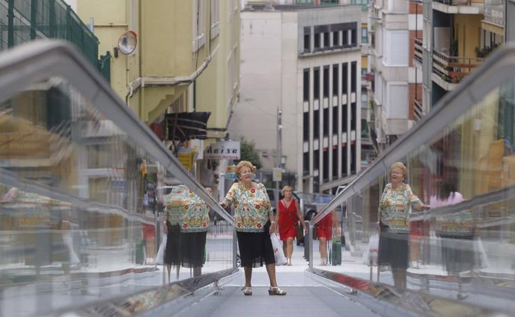 Puesta en servicio de las rampas mecánicas de la Plaza de los Remedios-General Dávila