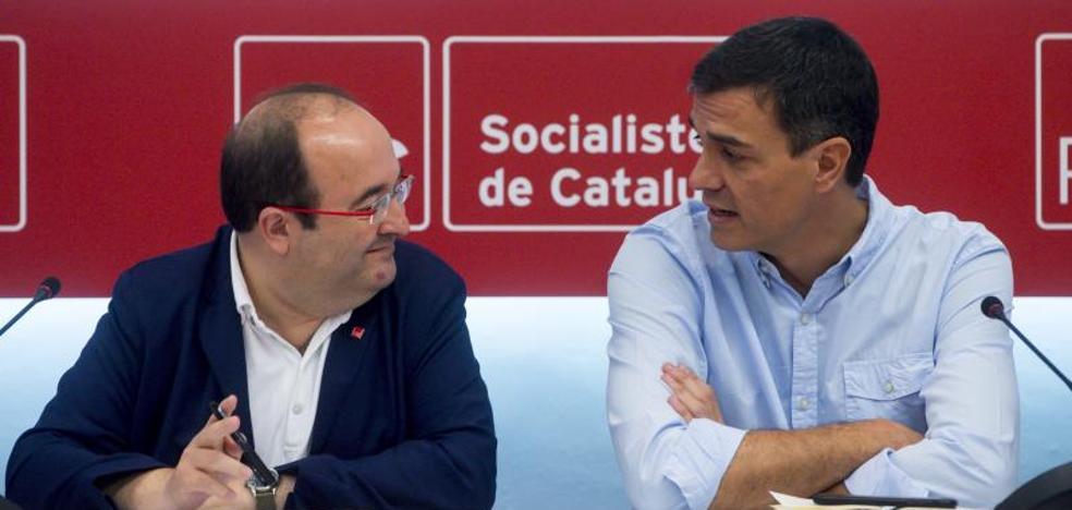 Sánchez e Iceta pactan iniciar en septiembre el camino hacia una reforma constitucional