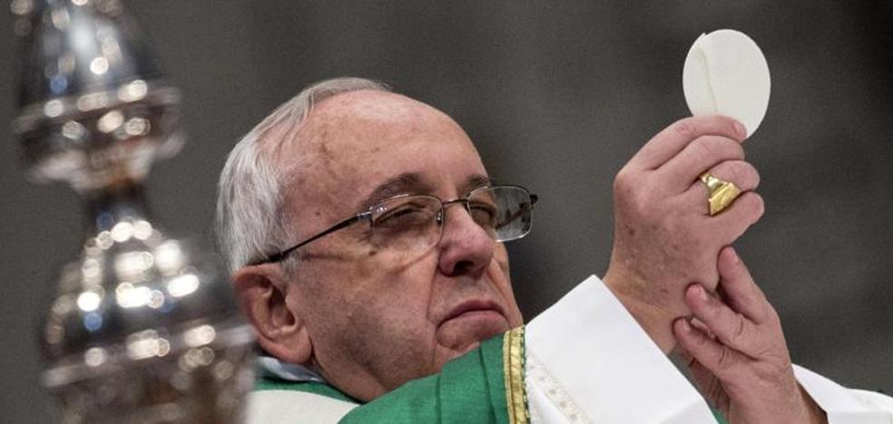 El Papa cuelga un cartel en su habitación con la frase «prohibido quejarse»