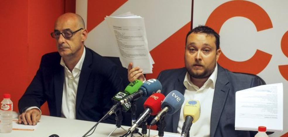 Ciudadanos pide por escrito a la Mesa del Parlamento que aparte a Carrancio