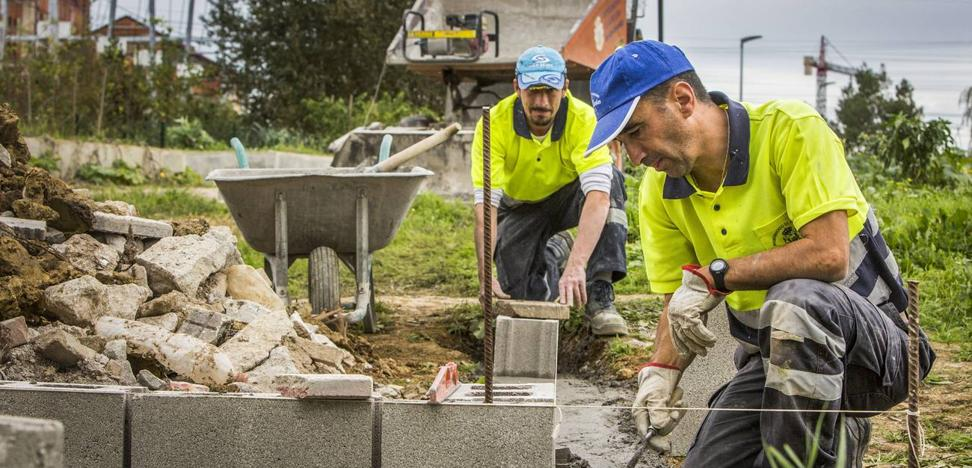 El Ejecutivo destina 27 millones para obras públicas municipales