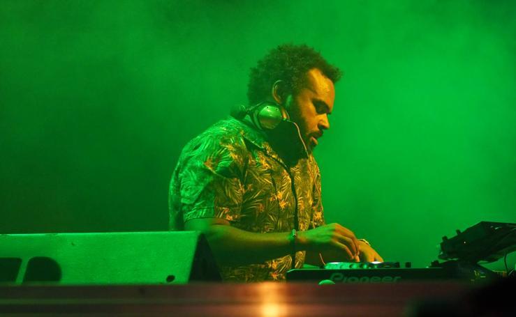 Carlos Jean convierte La Porticada en una discoteca al aire libre