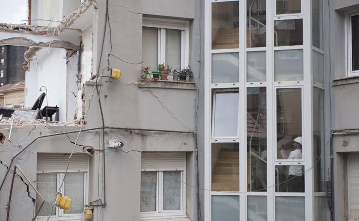 Aspecto que ofrece el edificio de la calle del Sol tras el derrumbe
