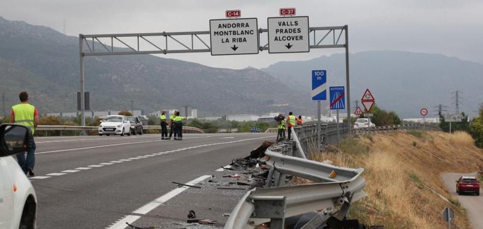 Un hombre y un niño de 14 años mueren en un accidente en Tarragona