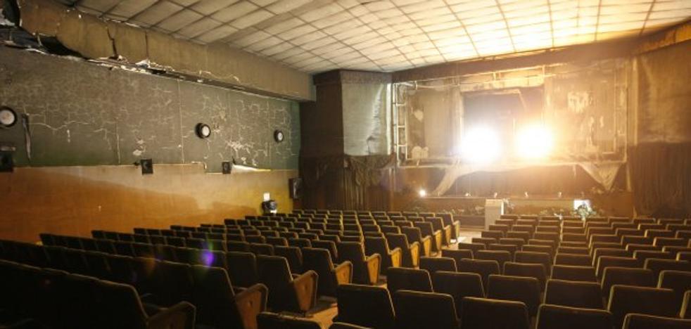 El estudio para conocer el futuro uso del antiguo cine Pereda está paralizado