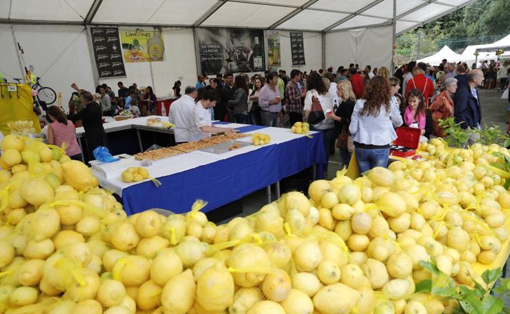 Fiesta de los limones solidarios de Novales