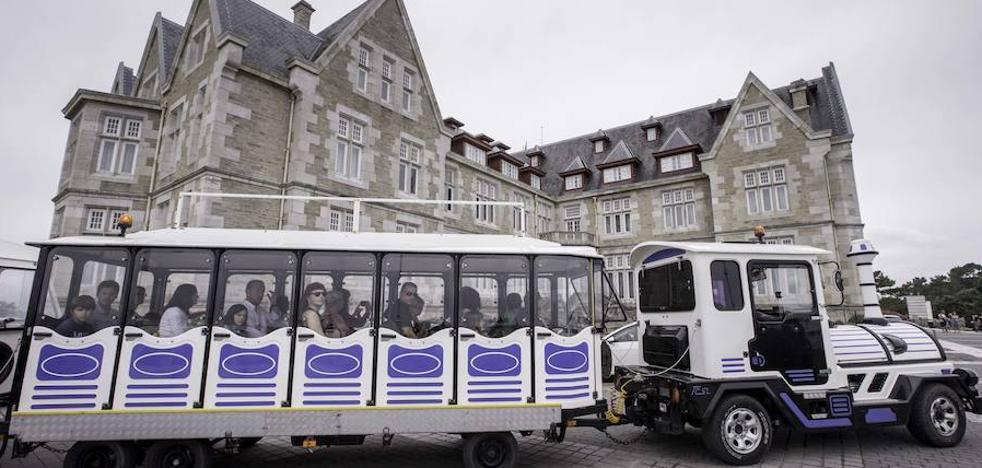 El Ayuntamiento expedienta al tren 'Magdaleno' por estar parado dos días