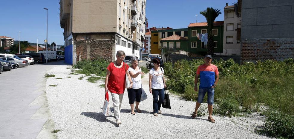 Los vecinos de Quebrantada se enfrentan por el nombre de la nueva plaza del barrio