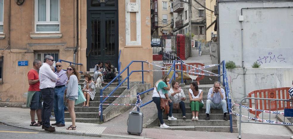 Ayuntamiento y Gesvican ponen nueve viviendas a disposición de los afectados del derrumbe de la calle del Sol