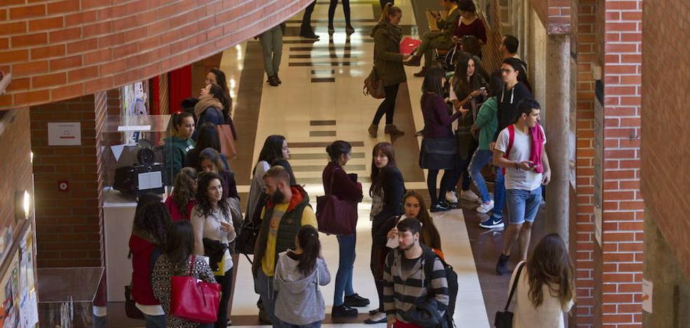 Cantabria registra el mayor porcentaje de jóvenes inactivos laboralmente, un 51%