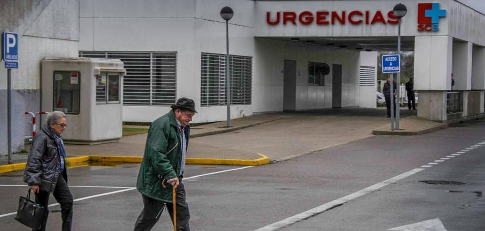 La carencia de personal en el Hospital de Laredo retrasa los datos de citologías y biopsias