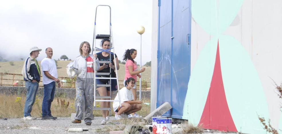 Los artistas de Galería Vertical homenajean a los carroceros