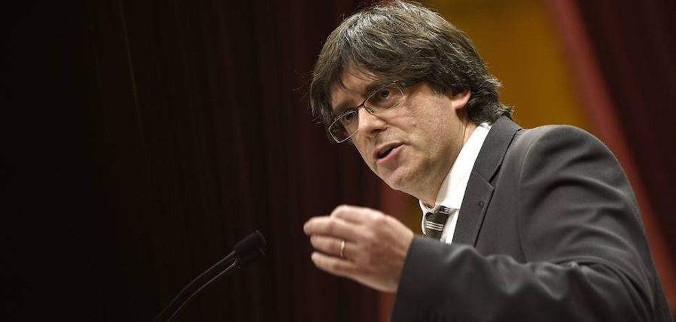 El Constitucional mantiene la suspensión de la reforma para la tramitación exprés del referéndum