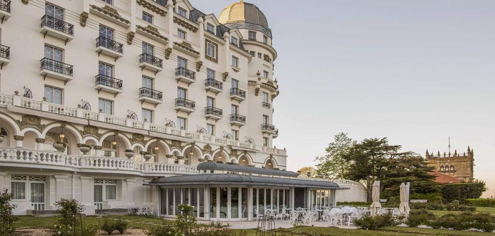 La familia Botín invertirá 4 millones en renovar las habitaciones y salones del Hotel Real