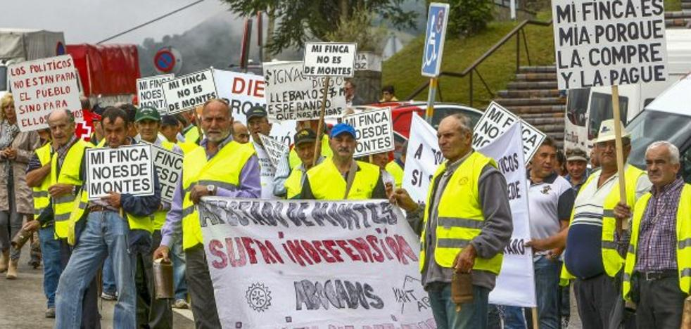 El Gobierno reactiva el proceso para zanjar el conflicto de montes