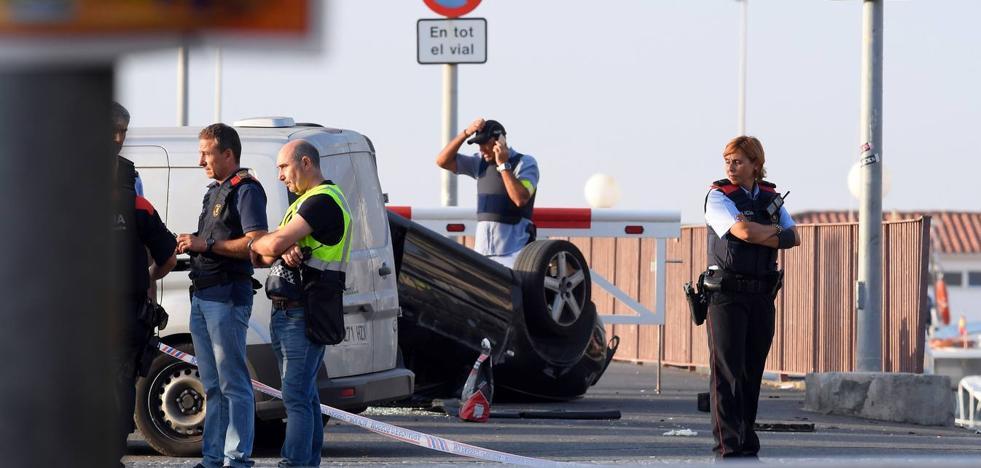 Cinco terroristas muertos cuando pretendían otro atropello masivo en Cambrils