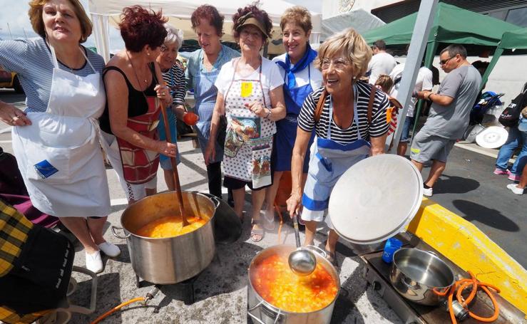 'La Carrera' gana la marmita de Laredo