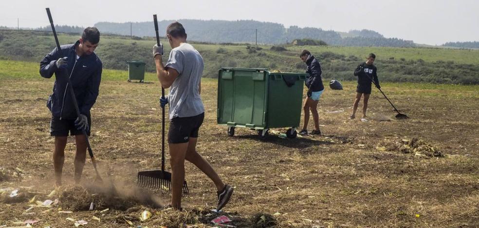 La organización del 'Delirium' tarda ocho días en limpiar la campa del festival