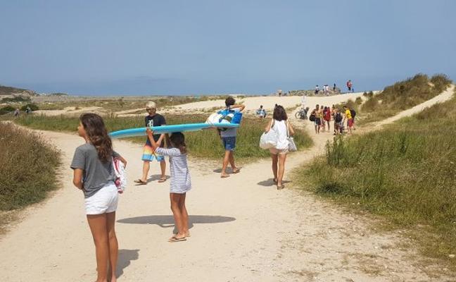 Las dunas de Merón prosiguen a la espera de una restauración ambiental