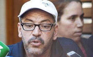 El padre de los dos presuntos terroristas repudia lo que hicieron sus dos hijos fallecidos