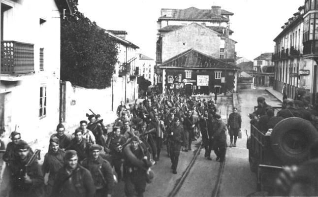 80 años después, una foto para la historia