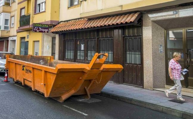 El Astillero paraliza la reforma en un bar al exceder la obra la licencia concedida