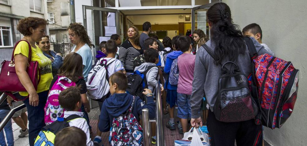 El curso escolar arranca con 218 alumnos más y 90 nuevos profesores