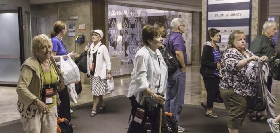 El lunes salen a la venta 6.378 plazas para viajes del Imserso