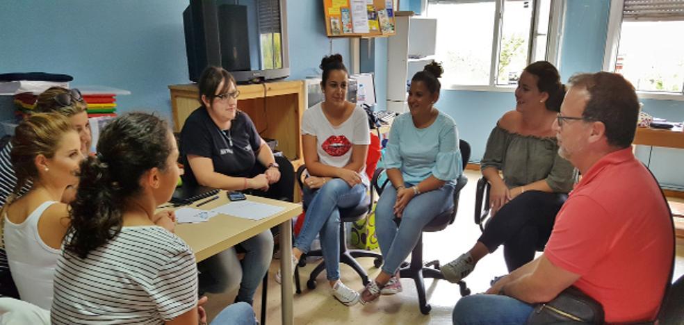 Los Corrales lleva pueblo a pueblo su oferta de actividades para mayores