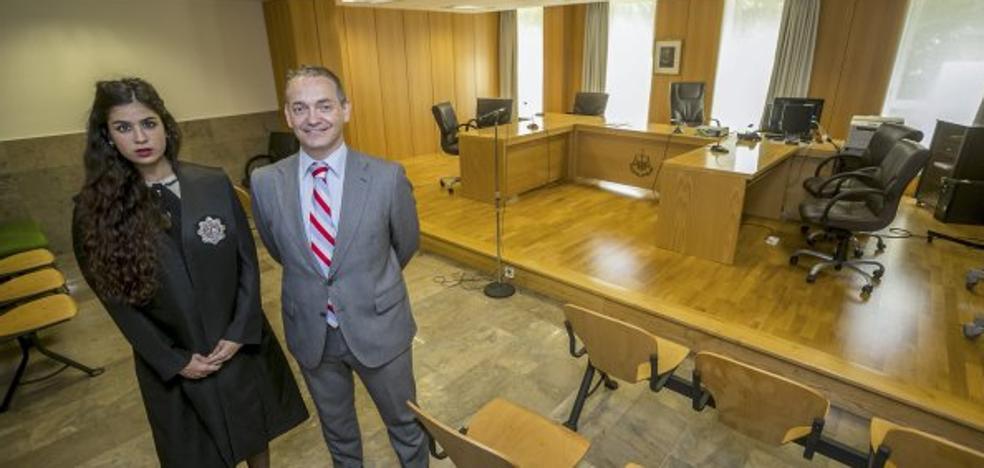 La avalancha de cláusulas suelo desborda el juzgado especializado, que pide refuerzos