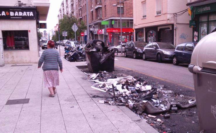Incendio de contenedores en Floranes