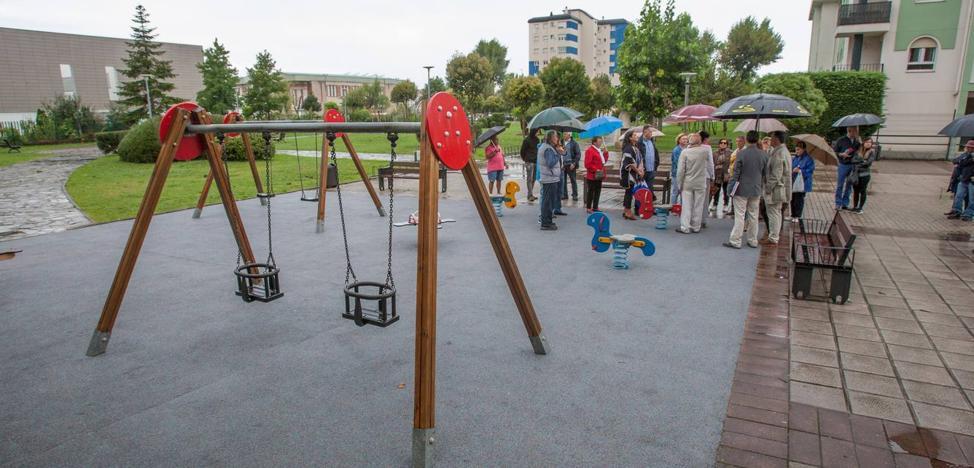 Santander pondrá cubiertas a dos áreas de juegos para niños en El Alisal y Cueto