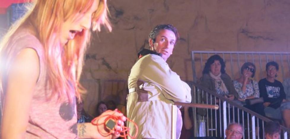 Ilusionistas de España, Francia y Argentina actuarán en el Festival 'Voilá' de Santillana