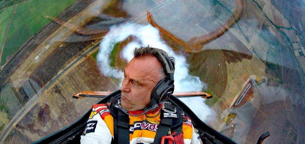 El español Cástor Fantoba logra tres medallas en el Mundial de Vuelo Acrobático