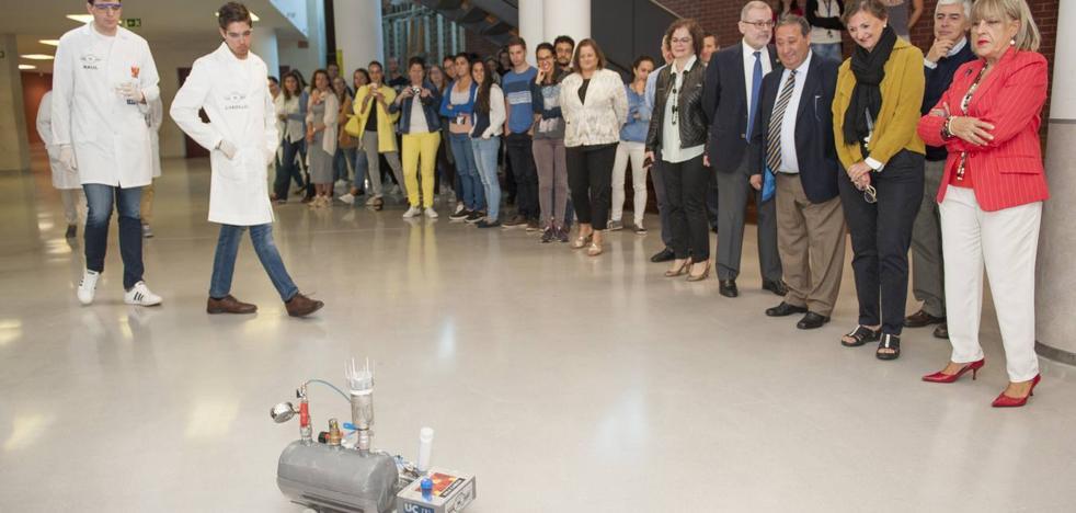 Universitarios cántabros diseñan un coche impulsado por dióxido de carbono