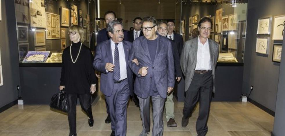 «Intentaré venderle más cosas de Cantabria, pero su obsesión es esa cueva»