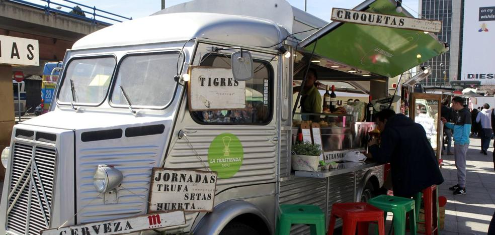 Astillero se llena de 'food trucks'