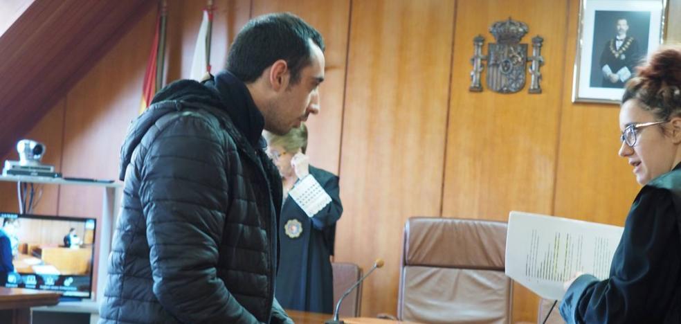 El acusado de robar y maniatar a una prostituta acepta cinco años de cárcel