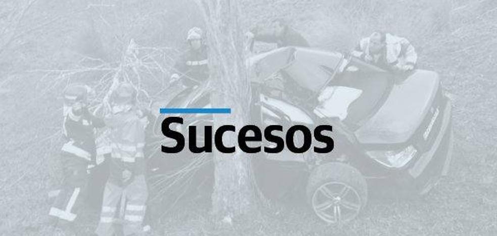 Herido grave el conductor de una moto tras colisionar con un tractor en Arnuero