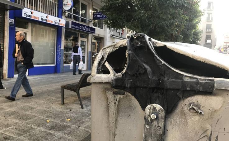 Los seis incendios registrados esta noche en Santander, uno a uno