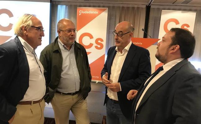 Félix Álvarez: «Cantabria necesita que alguien venga a poner un poco de sentido común»