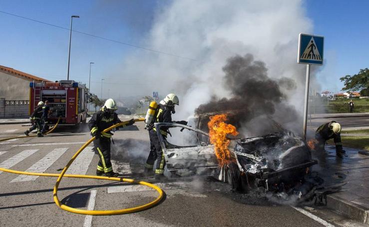 Accidente espectacular en Valdenoja